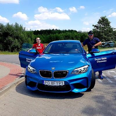 c6a0a44e50669 Polski ksiądz i luksusowe BMW? Oto dowód, że może z tego wyniknąć coś  bardzo dobrego!